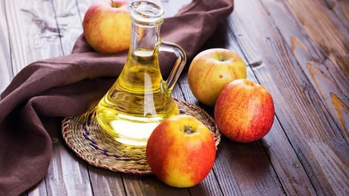درمان گیاهی کیست مویی با سرکه سیب