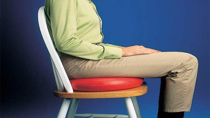 اصلاح نشستن در محيط كار براي درمان هموروئيد